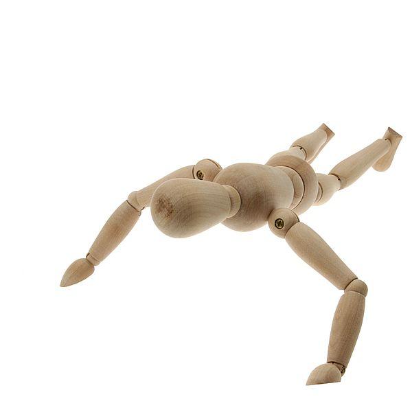 Статическая нагрузка при отжимании развивает силу мышц.